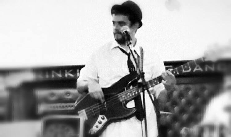 Man at work - bass