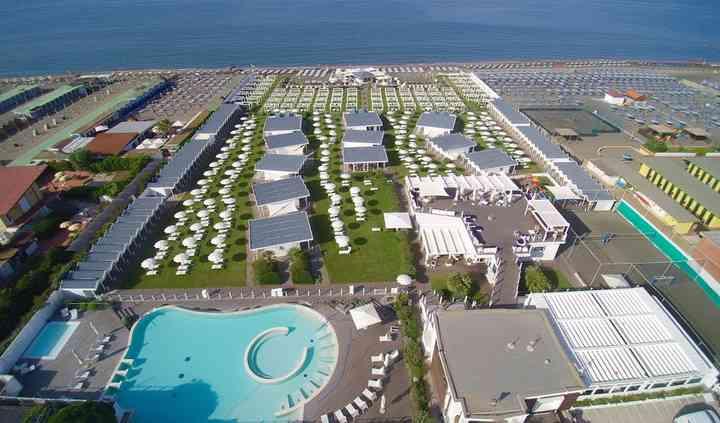 V Lounge Beach panoramica
