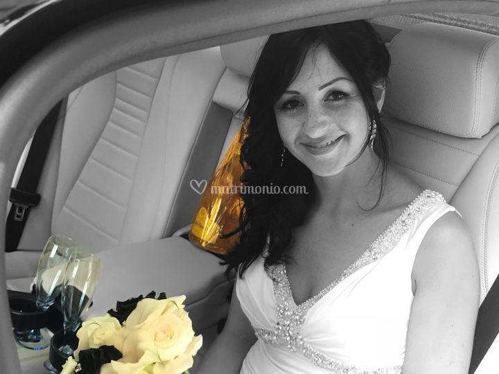 Sposa in auto