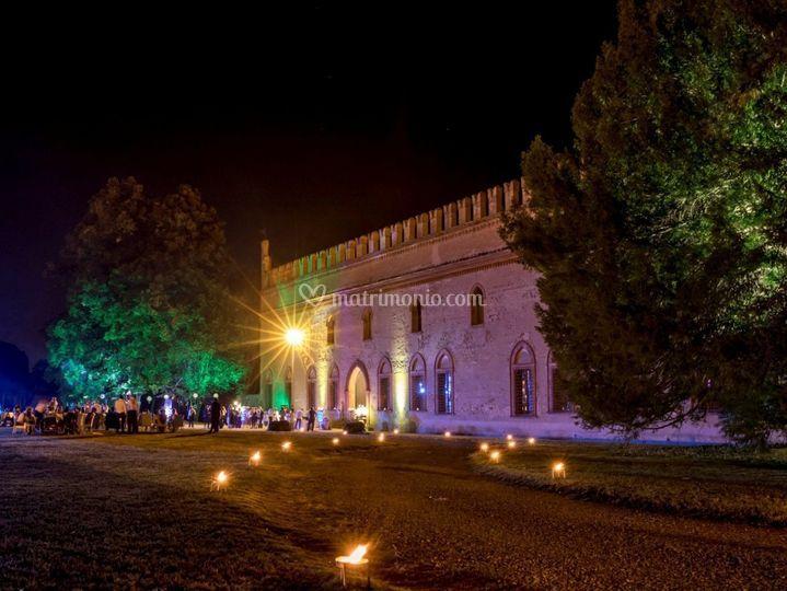 Palazzo illuminato