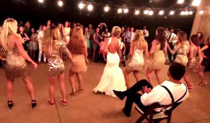 La sposa e le sue ragazze