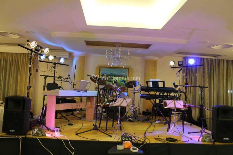 Preparazione palco concerto