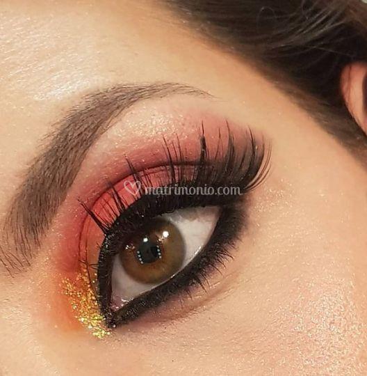 Make up extra colorato