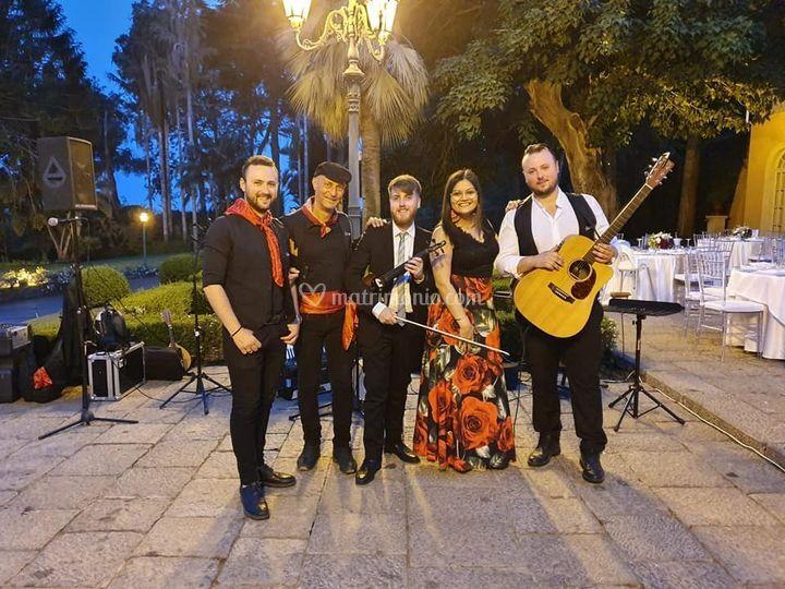 Live band musica pop-folk