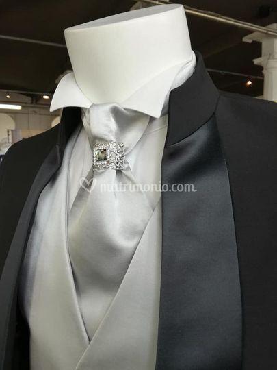 Particolare cravattone