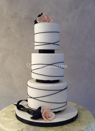 Wedding Cake Black&White