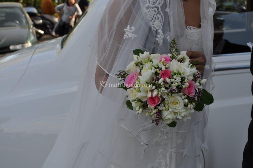 Bouquet tondo spettinato