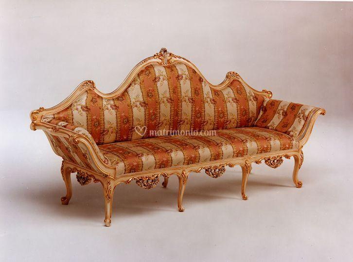 Noleggio divani d'antiquariato
