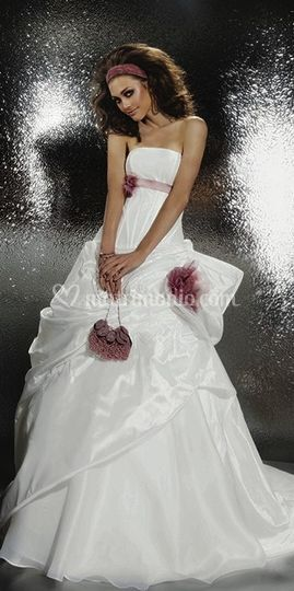 f135519dd5d4 La collezione Gritti Spose pensa anche a quelle spose che non si vedono in  bianco
