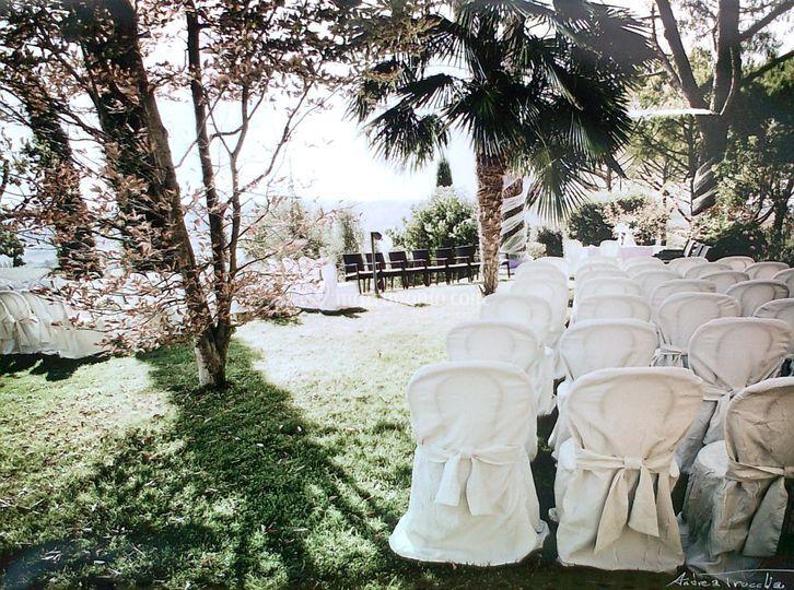 Cerimonia all'aperto-sedie