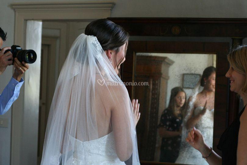 Acconciatura sposa con velo