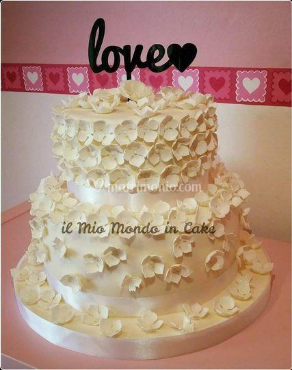Torta nuziale Total white