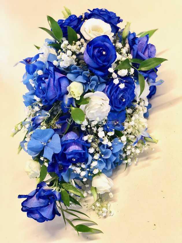 Bouquet A Goccia Rose Blu Di Arte Flora Foto 29
