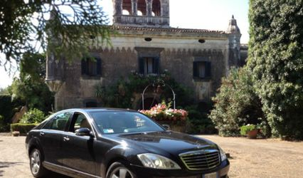 Limousine Service and Guide Sicily 1