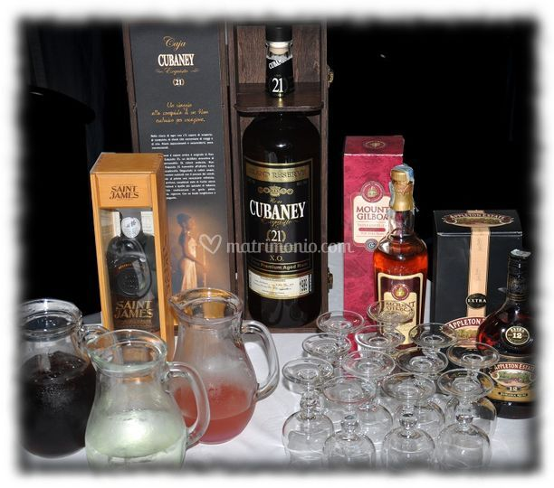 Allestimento rum e cocktails