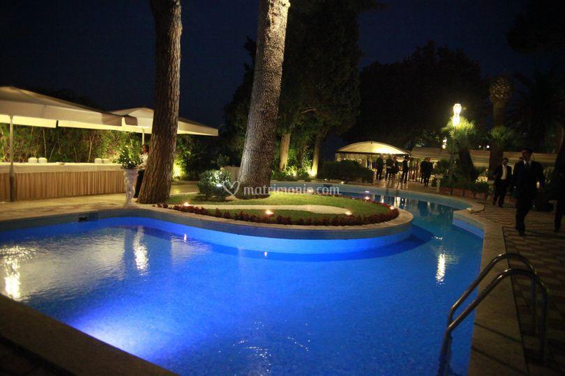 La piscina in blu