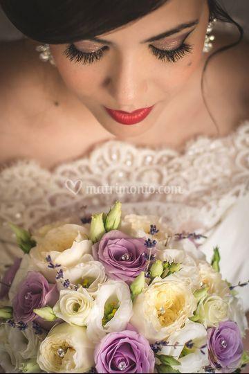 Bride's portrait with bouquet.