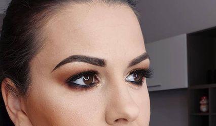 MUBI Make-up by Isabela 1
