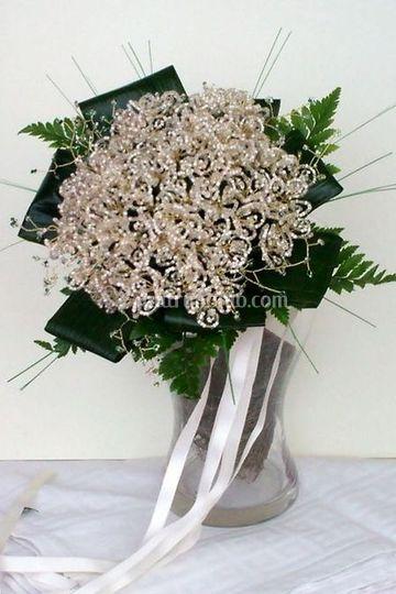 Bouquet Francesca con perline e cristalli