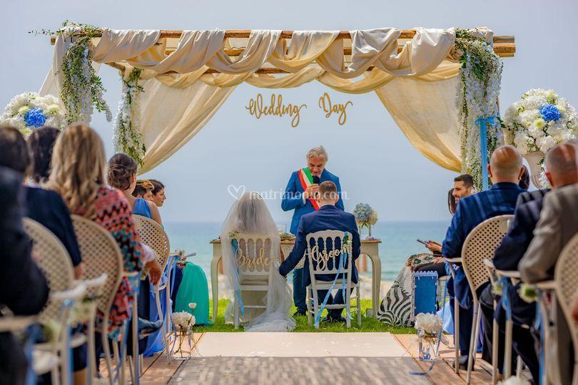Matrimonio Spiaggia Rito Civile : Oleandri wedding paestum