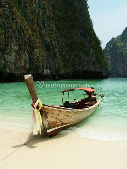 Le Long Tail, le tipiche imbarcazioni che navigano fra le isole della Thailandia