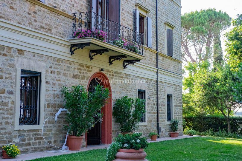 Esterno Villa Castelli