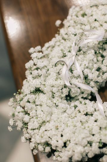 Cuscino floreale porta fedi
