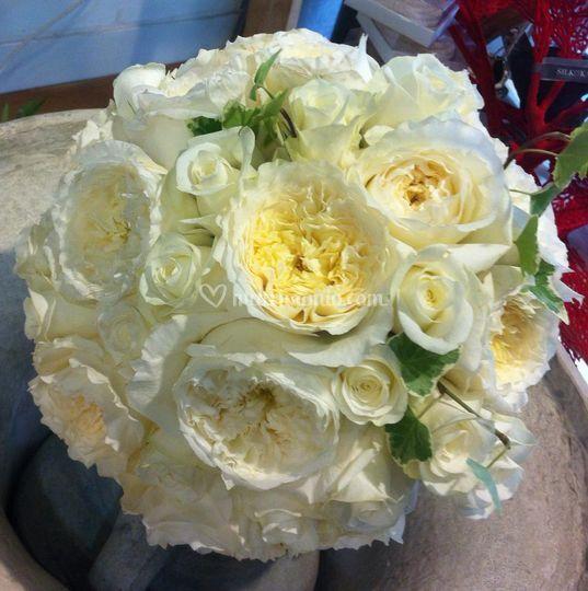 Bouquet con rose inglesi