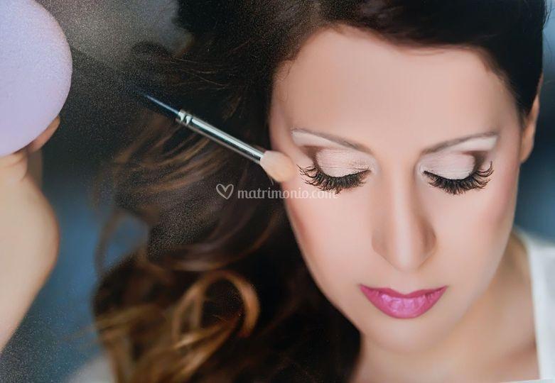 AdelGold Make-up