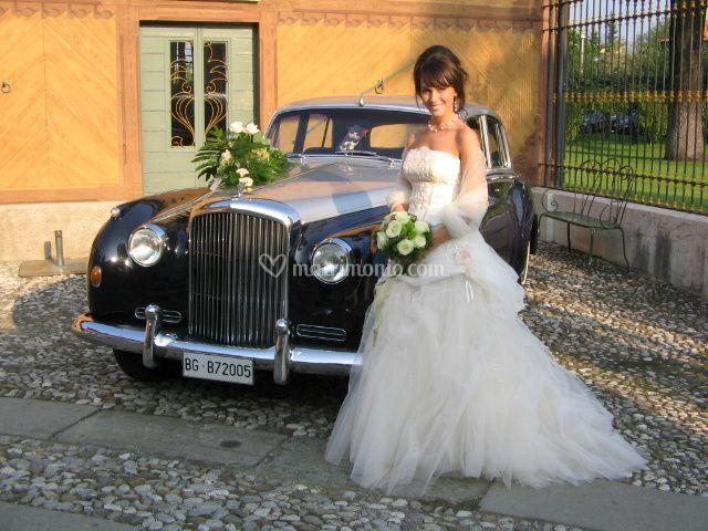 Sposa con Bentley s1