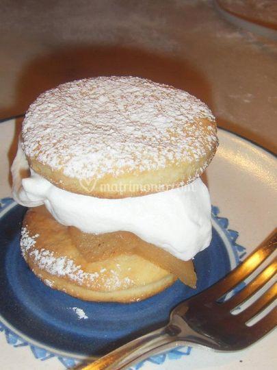 Shortcake con mele e cannella