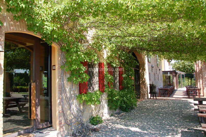 Agriturismo la razza for Altalena portico fattoria