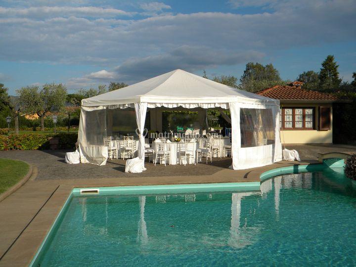 Catering Matrimoni Toscana Prezzi : Pagoda ottagonale di toscana catering foto