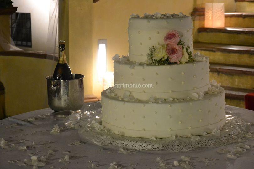 Nostra Wedding cake