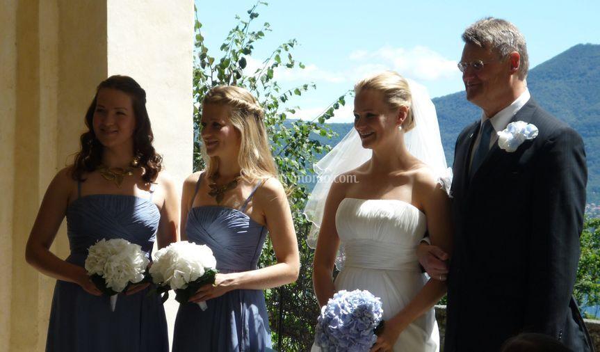 Nozze in blu al Sacro Monte di Ghiffa