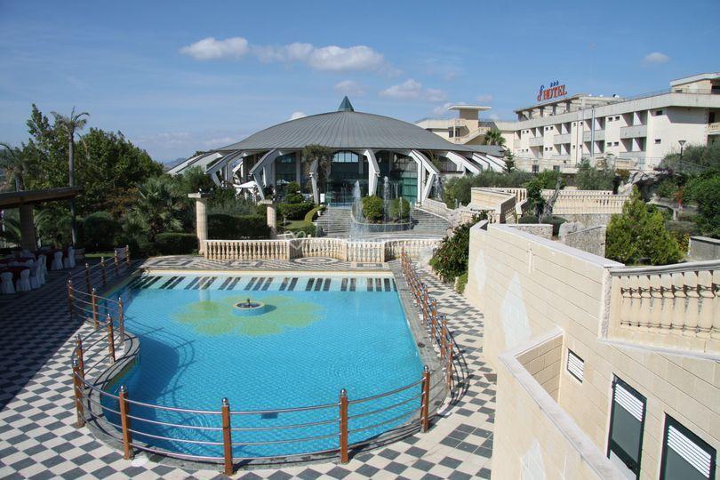 Albergo hotel forliano - Piscina panoramica valdaora ...