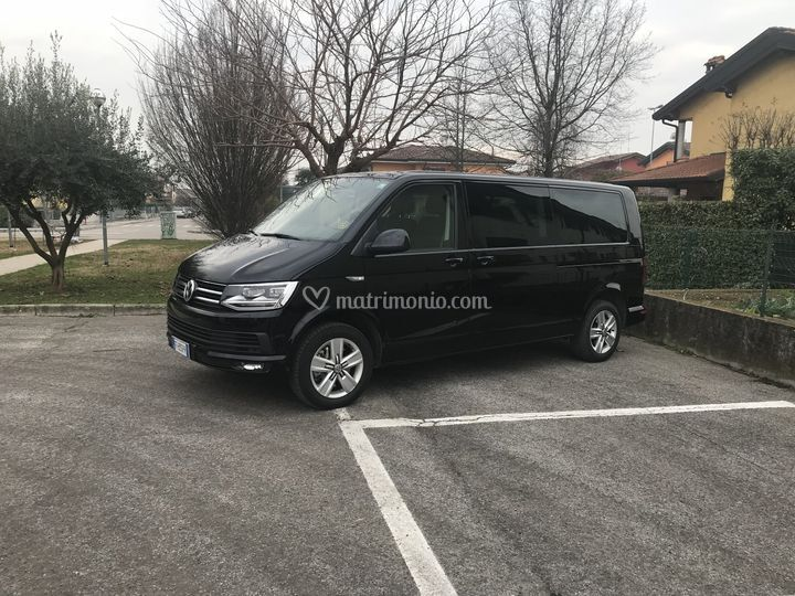 Mini-van per invitati