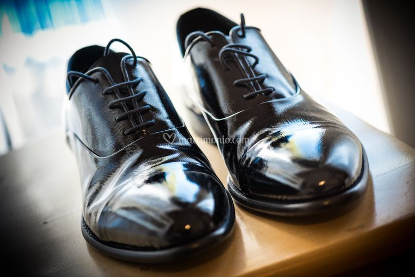 Groom' shoes