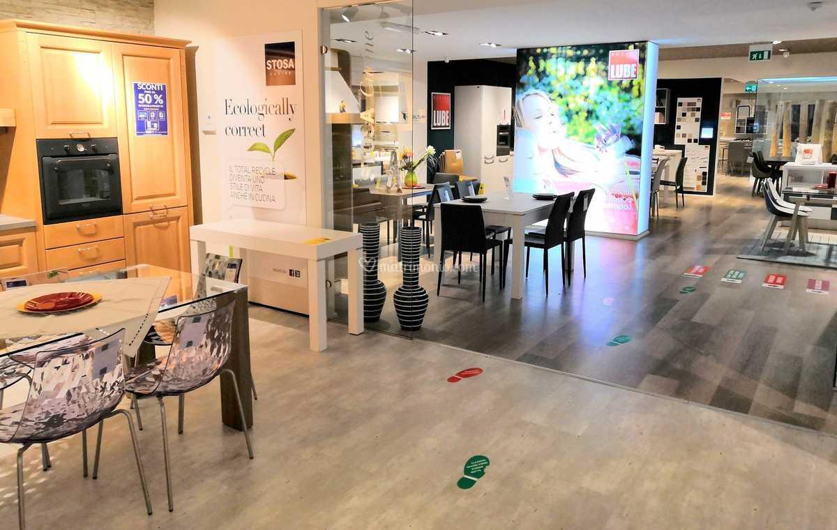 Dotolo Mobili Salerno Cucine.150 Cucine Esposte Lube Stosa Di Dotolo Mobili Foto 1