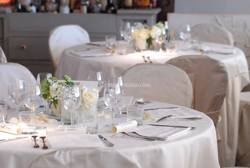 Tavolo cerimonia bianco