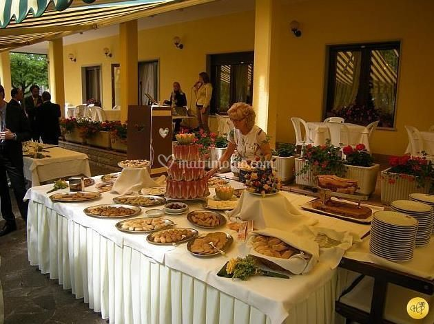Buffet all'aria aperta
