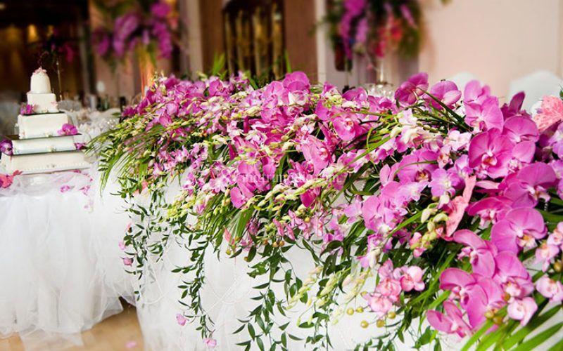 Allestimento floreale altare