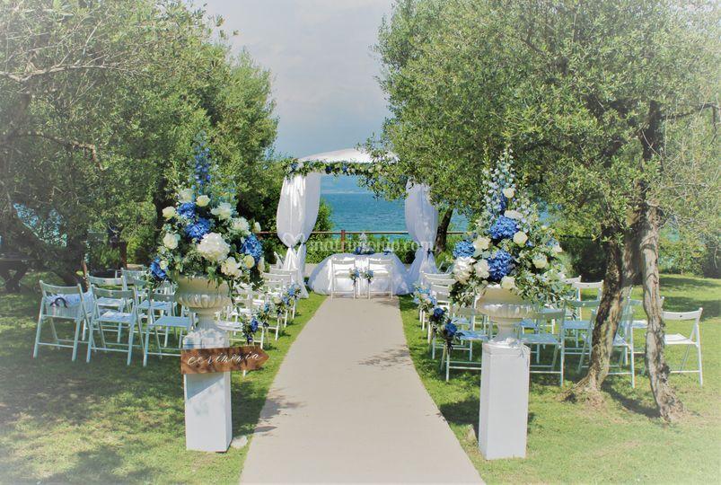 Parco Tomelleri in blu...