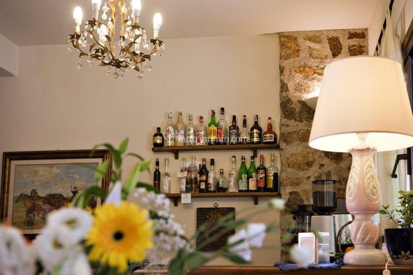 Saletta bar