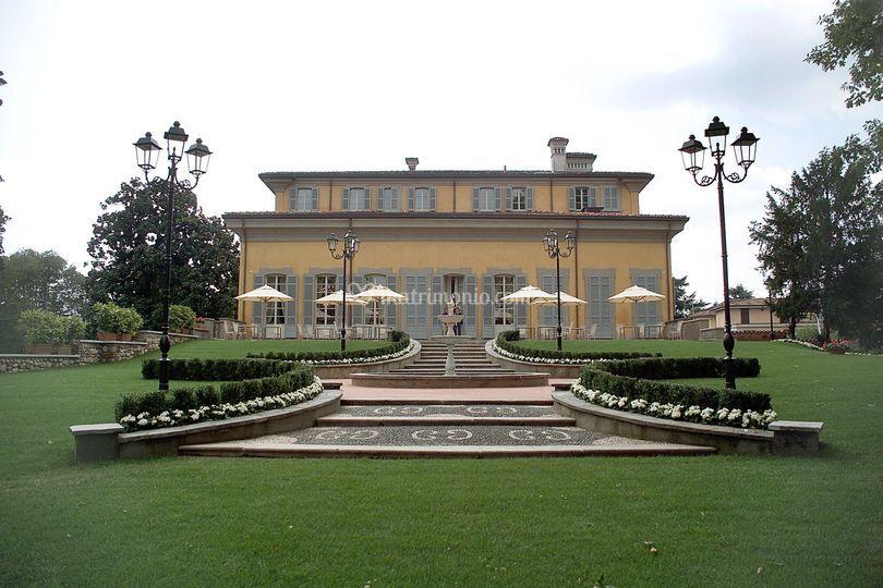 La villa dal giardino