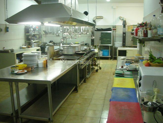 La cucina di ristorante le fontanelle foto 5 for La cucina di altamura varese