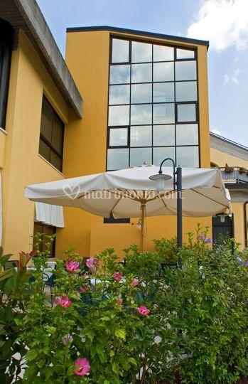 L 39 esterno di ristorante hotel al fiore foto 25 for L esterno di un ristorante