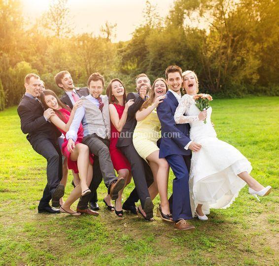 Ballo sposi e amici