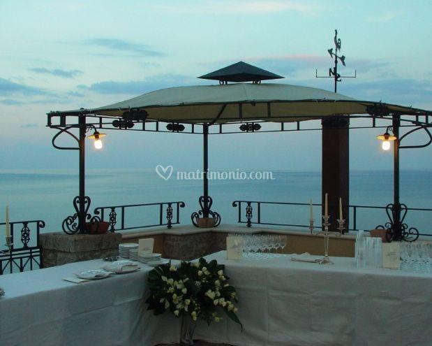 Aperitivo terrazza panoramica di Villa Antonio