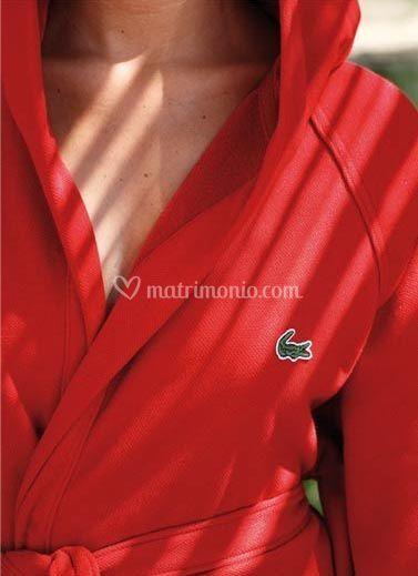 Lacoste - Accappatoio in piquet disponibile anche in spugna e set viso ospite e telo bagno